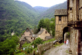 old pilgrimage town conques france french landscapes european travel way st james jacques route ste aveyron midi-pyrenees midi pyrenees midipyrenees abbey church sainte foy basilica eglise mediaeval medieval santiago compostela la francia frankreich europe