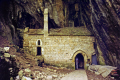 la chapelle cénaret chapel rocks saint-chély-du-tarn saint chély du tarn saintchélydutarn languedoc-roussillon languedoc roussillon languedocroussillon french buildings european travel river pont bridge church eglise gorges lozère trogladite cave limestone cliffs france francia frankreich europe