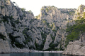 calanque en vau. french landscapes european travel cliffs bouches-du-rhône bouches du rhône bouchesdurhône provence france mediterranean provencale cote azur geology limestone inlet creek cove harbour anchorage beach provence-alpes-côte provence alpes côte provencealpescôte la francia frankreich europe