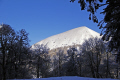 puy ouire near lac guéry january afternoon french landscapes european travel massif central mountains volcans auvergne parc regional naturel tache capucin ferrand monts-dore monts dore montsdore snowy winter france la francia frankreich europe