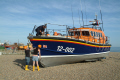 launching hastings lifeboat sequence prepare lift trailer rnli coastguard rescue uk emergency services sussex home counties england english angleterre inghilterra inglaterra united kingdom british