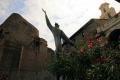 statue near colosseum arts misc. rome roma roman italy italien italia italie europe european united kingdom british