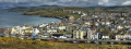 peel bay harbour houses hills background british housing homes dwellings abode architecture architectural buildings uk manx panorama grouped isle man england english angleterre inghilterra inglaterra great britain united kingdom grande-bretagne grande bretagne grandebretagne großbritannien gran bretagna bretaña