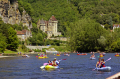 river dordogne la roque-gageac roque gageac roquegageac france french landscapes european travel kayak canoe bateau boating watersport swimming bathing château malartrie cliffs limestone yellow beach promenade mediaeval medaeval perigord noir pendoïlles aquitaine francia frankreich europe