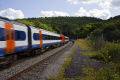 speeding train approaching station grindleford derbyshire railways railroads transport transportation uk passenger countryside railway carriages tracks england english angleterre inghilterra inglaterra great britain united kingdom british grande-bretagne grande bretagne grandebretagne großbritannien gran bretagna bretaña