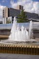 fountain outside midland railway station sheffield south yorkshire uk towns environmental water feature city centre hallam university england english angleterre inghilterra inglaterra united kingdom british