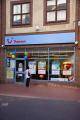 branch thomson holidays leeds city centre west yorkshire travel agent office shop window woman looking england english angleterre inghilterra inglaterra united kingdom british