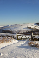 winter landscape strines sheffield south yorkshire countryside rural environmental gate snow england english angleterre inghilterra inglaterra united kingdom british
