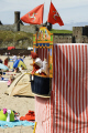 punch judy peel beach isle man british seaside coastal resorts leisure traditional entertainment manx england english angleterre inghilterra inglaterra united kingdom