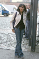 coronation street actres nikki patel outside granada studios actresses female thespian celebrities celebrity fame famous star cobbles manchester corrie dev amber england english angleterre inghilterra inglaterra united kingdom british