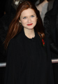 bonnie wright ginny weasley harry potter actors rowling acting thespian male celebrities celebrity fame famous star white caucasian portraits