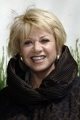 elaine paige obe english singer actress famous musical theatre theatrical celebrities luvvies actors acting thespian male celebrity fame star white caucasian portraits