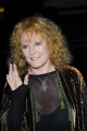 petula clark singer actor famous 1960s hit downtown brtish 60 singers sixties vocalists musicians celebrities celebrity fame star white caucasian portraits