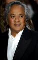 anish kapoor sculptor artists artistic artisan celebrities celebrity fame famous star white caucasian portraits