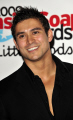 rav wilding english television presenter crimewatch british presenters celebrities celebrity fame famous star white caucasian portraits