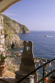 cinque terre italy kissing chair dell amore riomaggiore manarola italian european italia riviera liguria mediterranean sentiero azzurro italien italie