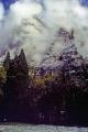 yosemite valley rain california american yankee weather meteorology john muir np national park merced river cloud mist californian united states