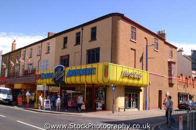 rhyl amusement arcades british seaside coastal resorts leisure uk conwy wales welsh país gales united kingdom