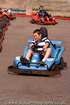 kids go-carts go carts gocarts sports sporting uk karting carts carting speed racing conwy wales welsh país gales united kingdom british