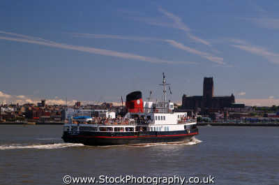 ferry mersey liverpool seen birkenhead north west northwest england english uk scouse liverpudlian merseyside angleterre inghilterra inglaterra united kingdom british