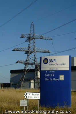 dungeness nuclear power station entrance energy electrical science misc. magnox reactor electricity generator danger waste pollution safety kent england english angleterre inghilterra inglaterra united kingdom british