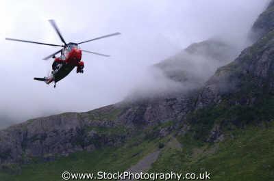 mountain rescue helicopter landing uk emergency services climbing climbers sos rescuers highlands islands scotland scottish scotch scots escocia schottland united kingdom british