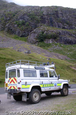 mountain rescue landrover uk emergency services climbing climbers sos rescuers highlands islands scotland scottish scotch scots escocia schottland united kingdom british