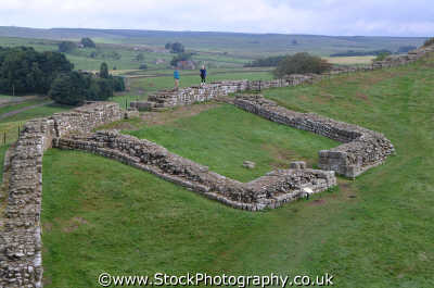 hadrians wall milepost fort historical britain history science misc. romans fortifications northumberland northumbrian england english angleterre inghilterra inglaterra united kingdom british