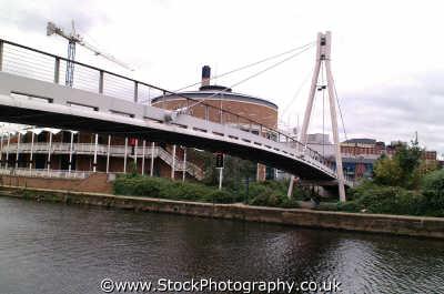 leeds footbridge tetley brewery uk bridges rivers waterways countryside rural environmental yorkshire england english angleterre inghilterra inglaterra united kingdom british