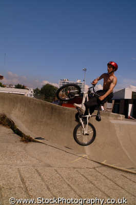 bmx jump extreme sports adrenaline sporting uk portsmouth pompey hampshire hamps england english angleterre inghilterra inglaterra united kingdom british