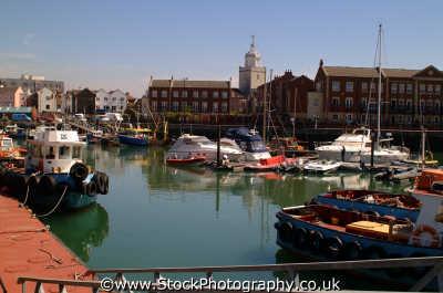 portsmouth moored boats south east southeast england english uk pompey hampshire hamps angleterre inghilterra inglaterra united kingdom british