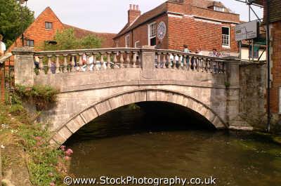 winchester bridge river itchen city uk bridges rivers waterways countryside rural environmental hampshire hamps england english angleterre inghilterra inglaterra united kingdom british