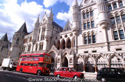 bus outside royal courts justice strand wc2 law buildings architecture london capital england english uk lawyers barristers counsel legal prosecute prosecution criminals city cockney angleterre inghilterra inglaterra united kingdom british