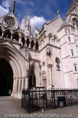 royal courts justice strand wc2 law buildings architecture london capital england english uk lawyers barristers counsel legal prosecute prosecution criminals city cockney angleterre inghilterra inglaterra united kingdom british