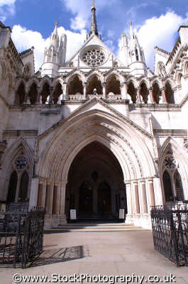 royal courts justice entrance strand wc2 law buildings architecture london capital england english uk lawyers barristers counsel legal prosecute prosecution criminals city cockney angleterre inghilterra inglaterra united kingdom british