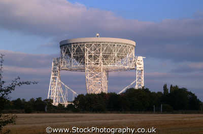 jodrell bank radio telescope uk media communications seti search extraterrestrial astronomy cheshire england english angleterre inghilterra inglaterra united kingdom british