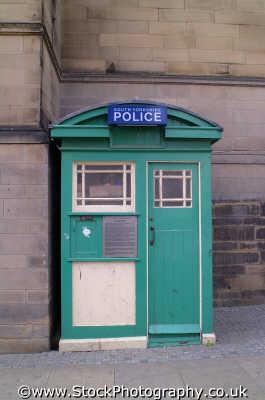 police box sheffield cops uk emergency services bobbies yorkshire england english angleterre inghilterra inglaterra united kingdom british