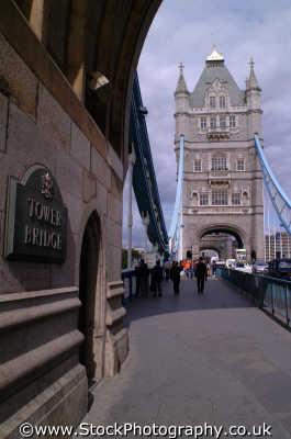 tower bridge thames bridges crossing london capital england english uk city cockney angleterre inghilterra inglaterra united kingdom british