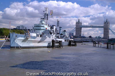 hms belfast tower bridge thames bridges crossing london capital england english uk warship battleship cruiser southwark cockney angleterre inghilterra inglaterra united kingdom british
