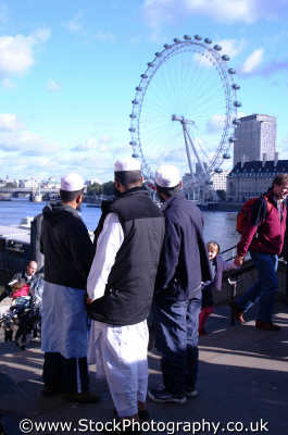 muslim men london eye famous sights capital england english uk islam islamic westminster cockney angleterre inghilterra inglaterra united kingdom british