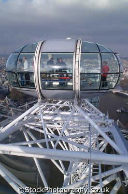 london eye pod passengers famous sights capital england english uk capsule lambeth cockney angleterre inghilterra inglaterra united kingdom british