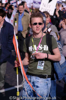 adolescent teenager mash t-shirt t shirt tshirt teenage boys teenagers pubescent male child males masculine manlike manly manful virile mannish people persons anti american usa globalisation civil disobedience direct action rally demonstrations white caucasian portraits united kingdom british