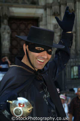 zorro street entertainer barcelona costa dorada mediterranean catalunya catalonia spanish espana european travel costumed spain spanien españa espagne la spagna europe