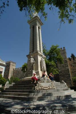 plaza virgin los reyes el arenal seville andalucia spanish espana european travel spain spanien españa espagne la spagna europe