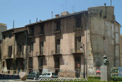dilapidated buildings valencia spanish espana european travel spain spanien españa espagne la spagna europe