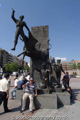 plaza torres bullfighting statue madrid spanish espana european travel corrida spain spanien españa espagne la spagna europe