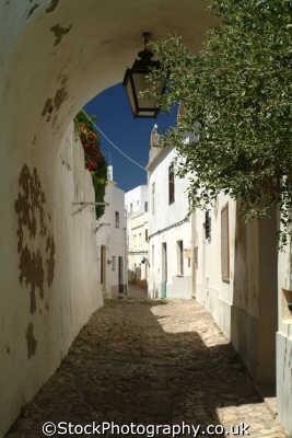 alleyway albufeira algarve portuguese portugese european travel portugal europe