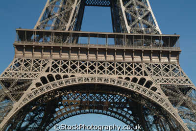 eiffel tower level paris french european travel parisienne france la francia frankreich europe
