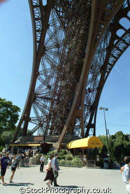 eiffel tower paris leg beneath french european travel parisienne france la francia frankreich europe