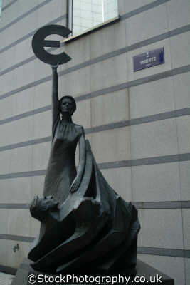 statue woman holding euro symbol outside eu parliament brussels belgian european travel currency money bruxelles belgium belgië belgique belgien europe